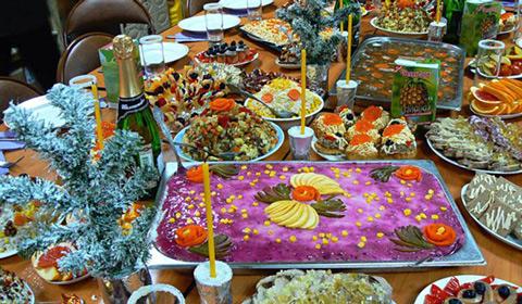 Rozhdestvenskiy-stol